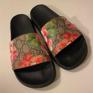 Gucci Blooms Slides